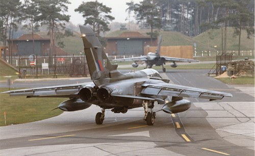Challenges and options - prospects for UK Air Power