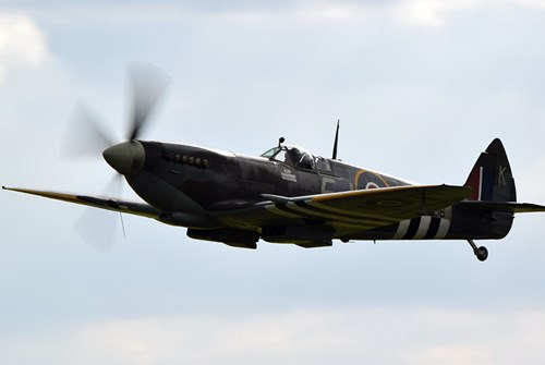 Escort Spitfire - a missed opportunity for longer reach?