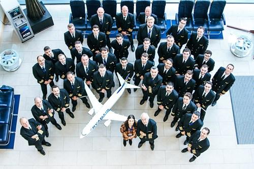[Image: ryanair-pilots-intake-ryanair-web.jpg?wi...3333333337]